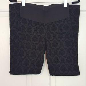 Black patterned leggings